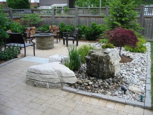 Bubbling rock in patio